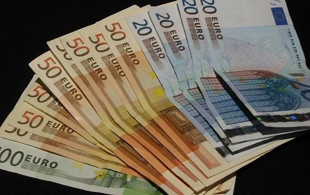 TT tiền tệ 7/10: EUR giảm vì số liệu kinh tế Đức, USD lên giá so với các đồng tiền rủi ro