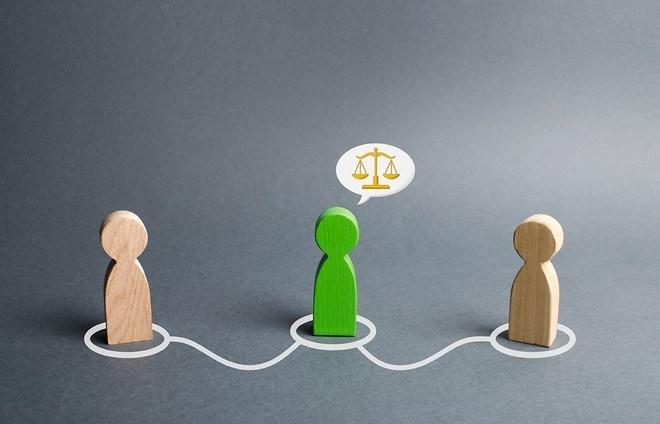Vàng: Rung lắc mạnh khi nhà đầu tư đặt lệnh chốt lời