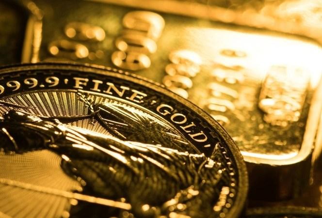 Các ngân hàng trung ương bán vàng lần đầu tiên trong 10 năm