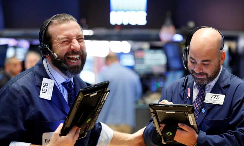 Phiên 2/12: Nhà đầu tư thắng đậm khi phố Wall lại phá đỉnh kỉ lục, Dầu thô tăng hơn 1%
