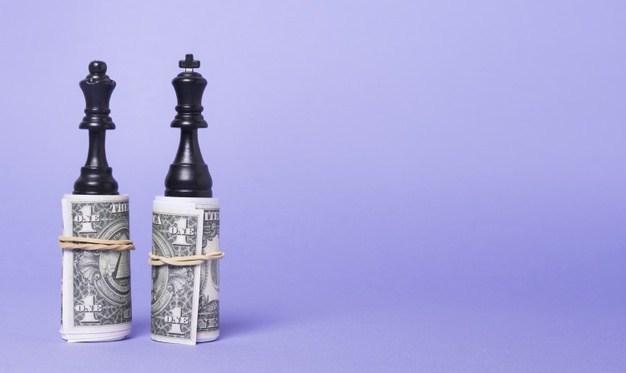 Wells Fargo cảnh báo: Tiền mặt chỉ là 'bến đỗ tạm thời', Bạn có đang giữ quá nhiều tiền?