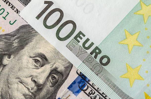 TT ngoại hối 21/1: USD rớt mạnh, nguy cơ thủng vùng 90