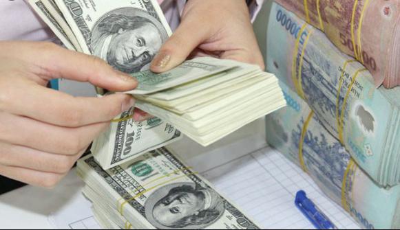 Tỷ giá VND/USD 7/4: Tỷ giá trung tâm giảm, TT tự do vẫn giữ mức ổn định