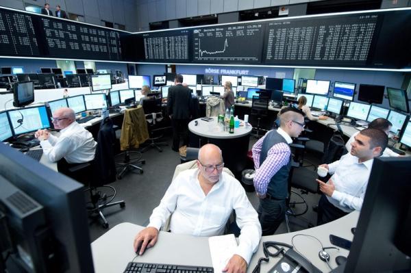 Cổ phiếu khai thác dậy sóng, CK châu Âu trụ vững kỉ lục