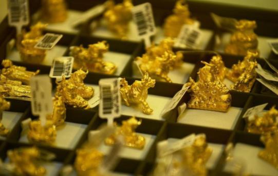 Dồn dập các yếu tố hỗ trợ, vàng sẽ bay cao như dự đoán?