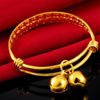 Đa dạng quà tặng bằng vàng dịp đặc biệt