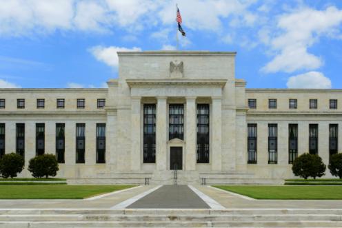 Fed quyết định giữ nguyên lãi suất cận 0%