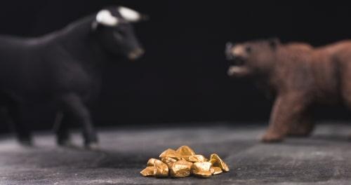 Bloomberg Intelligence: Vàng đang diễn biến quá 'buồn chán' và chỉ có sự điều chỉnh của thị trường chứng khoán mới có thể khắc phục điều đó