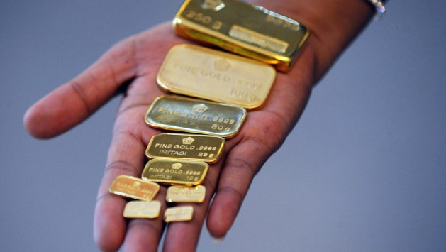 Một mùa hè chẳng hề yên ả: Giá vàng sẽ chảo đảo theo dữ liệu kinh tế Mỹ, bài phát biểu từ quan chức Fed, USD và lợi suất