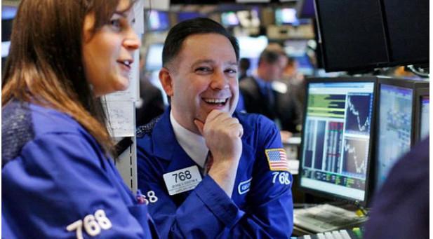 Phiên 21/6: Nhóm ngành năng lượng dẫn dắt, phố Wall tăng rất mạnh, Dow Jones vọt gần 600 điểm